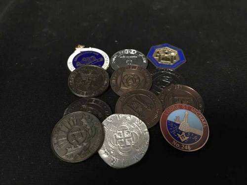 Lot 26-LOT OF VARIOUS COINS AND MEDALLIONS