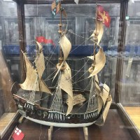Lot 30-MODEL SHIP IN DISPLAY CASE