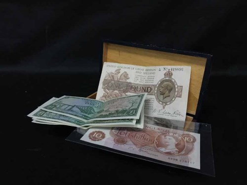 Lot 38-LOT OF VARIOUS BANK NOTES AND COINS