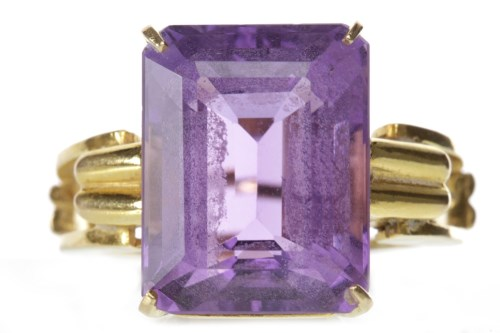 Lot 140-IMPRESSIVE AMETHYST SINGLE STONE RING set with an ...