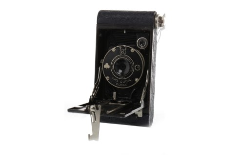 Lot 1407-KODAK FOLDOUT 'GIRL GUIDE' CAMERA no. 99804, made ...
