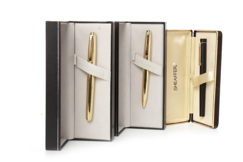 Lot 1630 - SHEAFFER FOUNTAIN PEN fluted, gold plated body,...