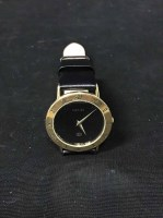 Lot 27-GUCCI WRIST WATCH with genuine calf strap