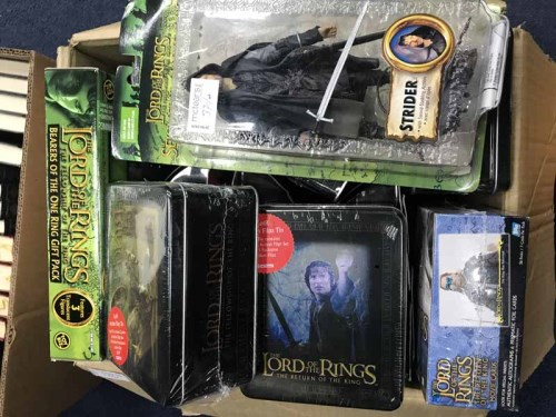 Lot 37-GOOD LOT OF STAR WARS AND LORD OF THE RINGS...