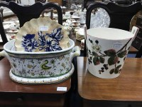Lot 38-LOT OF COLLECTABLE CERAMICS including Griselda...
