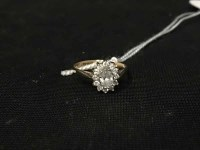 Lot 20-CZ CLUSTER RING marked 375, size L, 1.8g